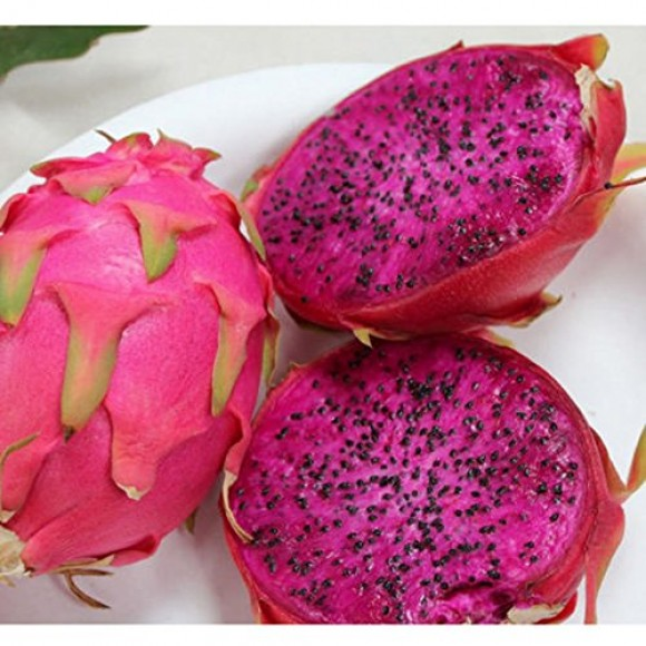 Organic Dragon Fruits (Size 150-250g)